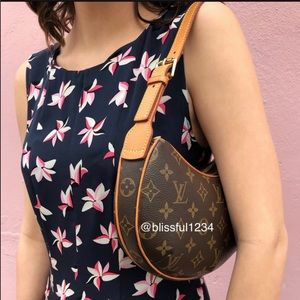 💜ELEGANT💜Shoulder bag